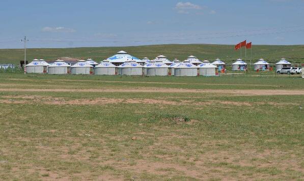 希拉穆仁草原、库布其沙漠、成吉思汗、美丽青