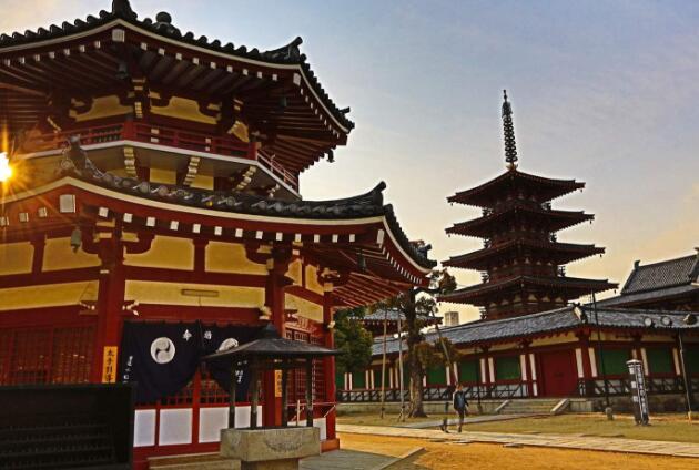 【璀璨灯光秀】日本本州全景双古都双温泉至尊美食7球王会电竞app下载-全程入住五星酒店